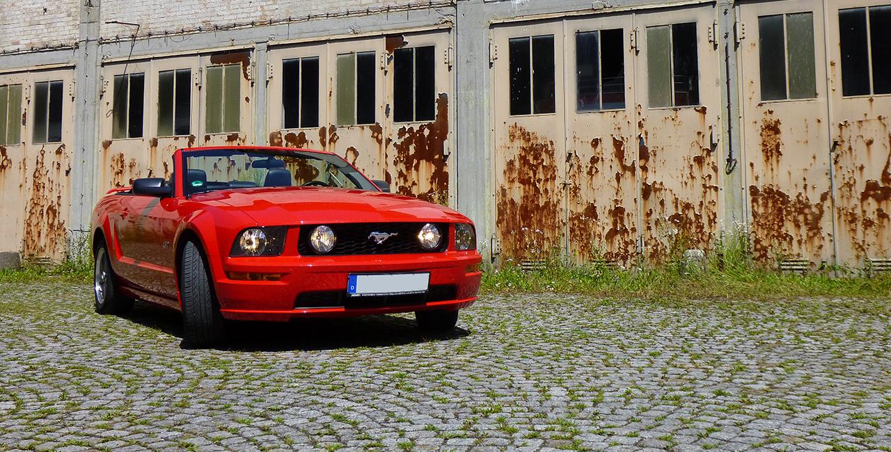 1 Tag Ford Mustang GT Cabrio selber fahren in Langenau, Raum Ulm