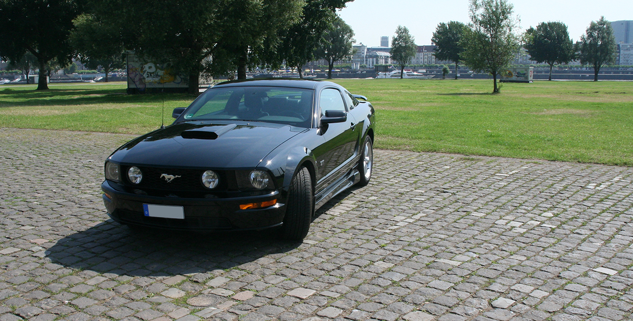 12 Std. Mustang GT V8 selber fahren in Düsseldorf, NRW
