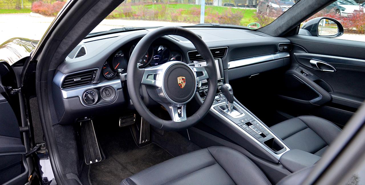 7 Tage Porsche 911 Carrera mieten in Hamburg