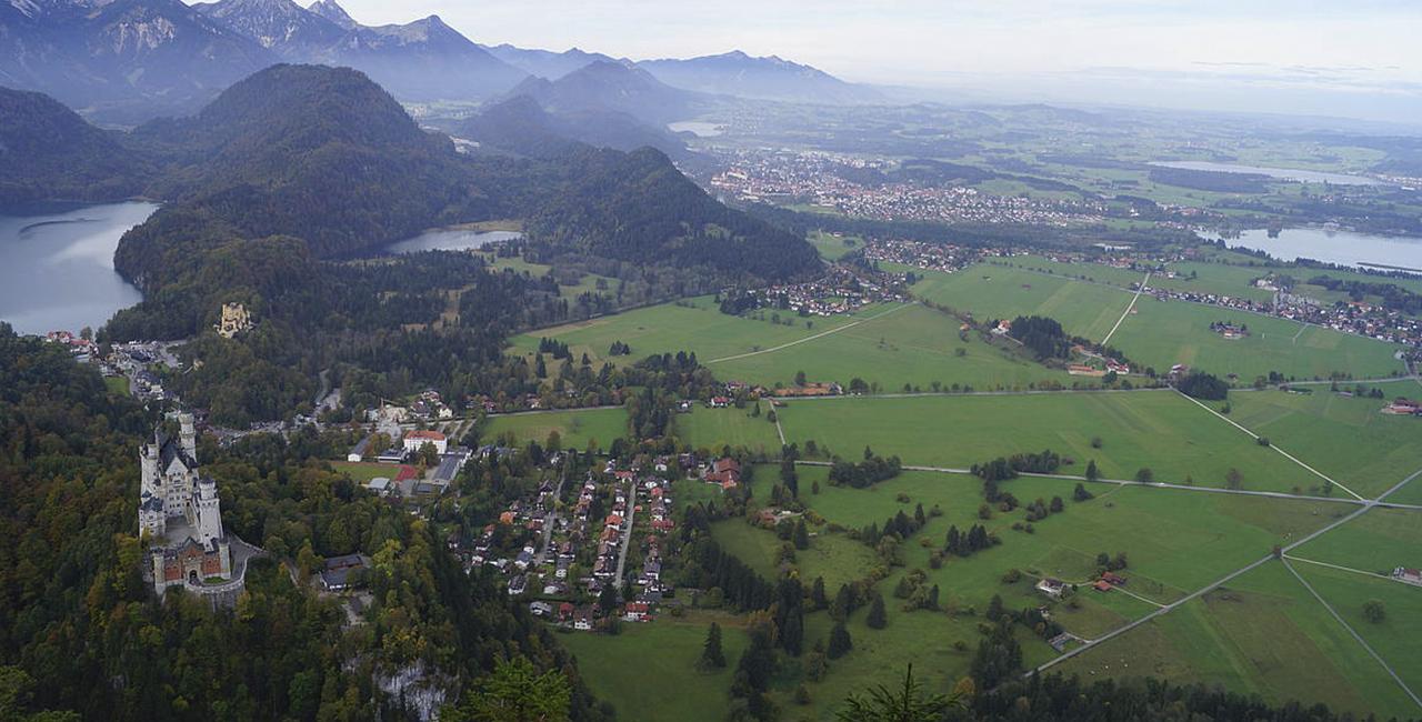 Tragschrauber Tagesausflug zum Schloss Neuschwanstein ab Eschbach