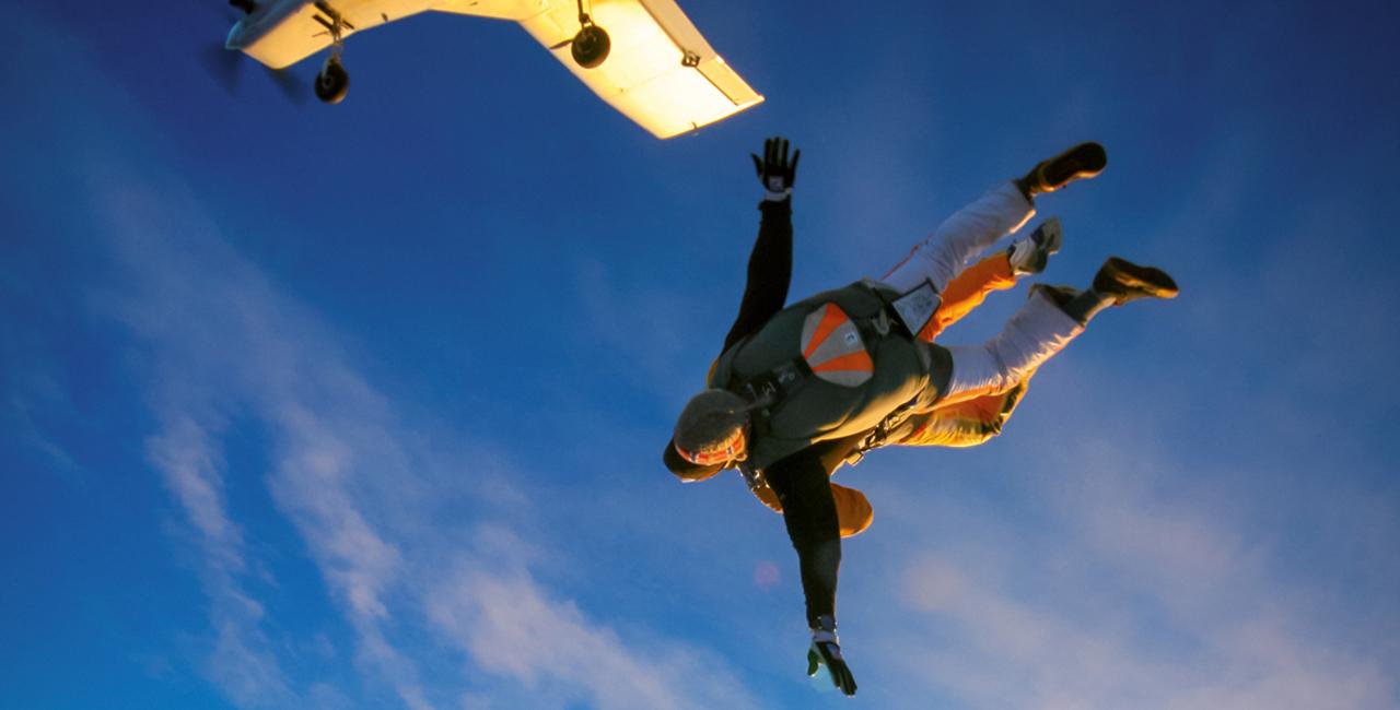 Fallschirmspringen Wochenendkurs in Berlin