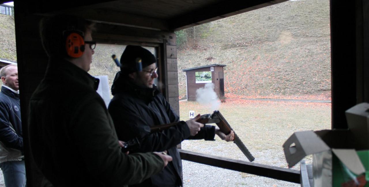 Schrotflinte schießen in Warder, Raum Kiel in Schleswig-Holstein