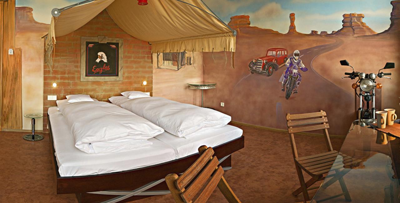 Übernachtung im Route 66 Zimmer in Böblingen, Raum Stuttgart