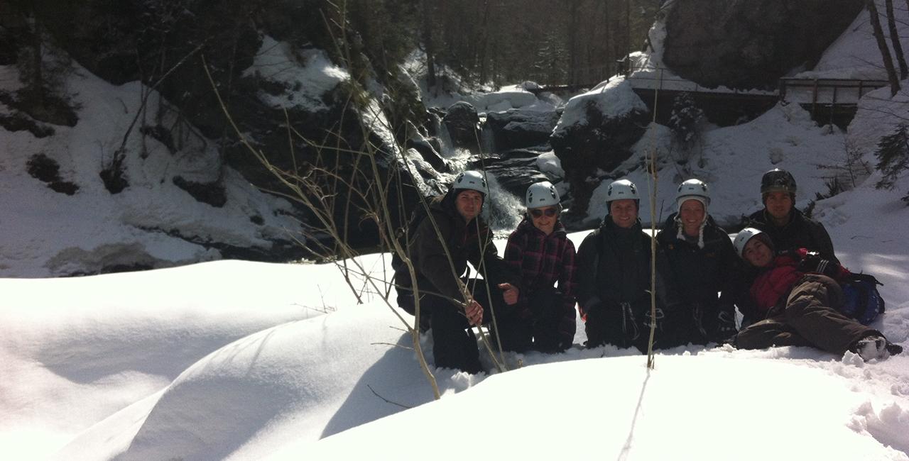 Wintercanyoning in Burgberg, Raum Sonthofen in Bayern