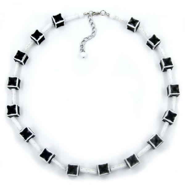 Collier, Würfel 10mm, schwarz-grau-weiß 45cm